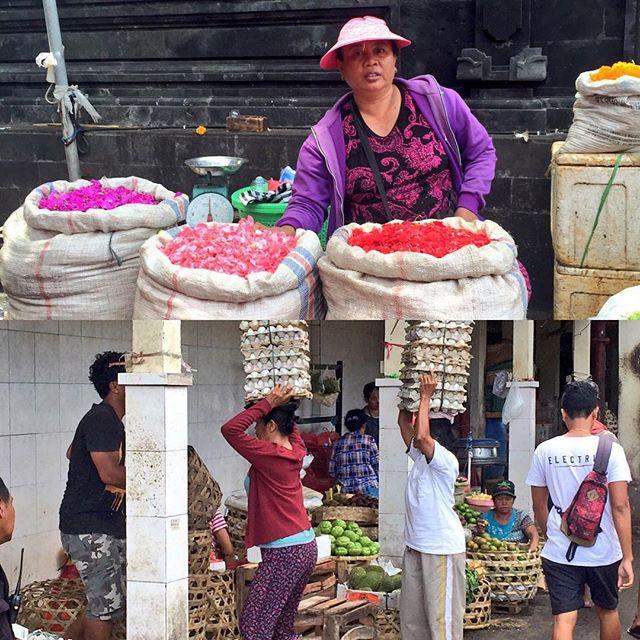 火事に見舞われたしたがバリ一番の大市場パサール・バドゥンは元気いっぱい日用品からバリ雑貨や生鮮にいたるまで目玉が飛び出るような価格で購入できますできればガイドさんと一緒のほうが良いかもです#バリ島 #bali #バリ島ガイド