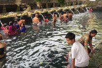 本日のティルタウンプル寺院日中蒸し暑かったので沐浴には最適でした!#bali #バリ島 #バリ島ガイド