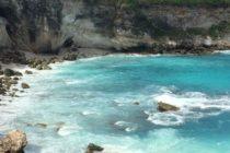 レンボガン島Devil's Tearチュニガン島 Blue Lagoon大自然の迫力バリ島より二つの島を巡るツアーお問い合わせ下さい#bali #おもてなしバリで検索 #バリ島ガイド #バリ島