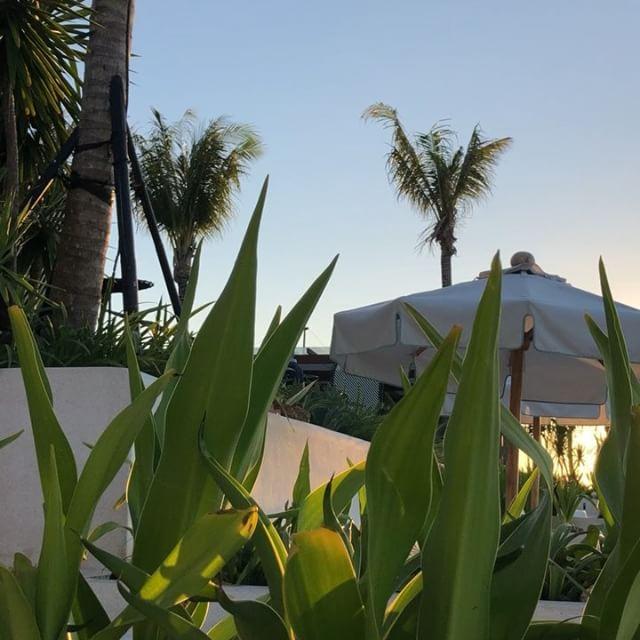 出来立てビータクラブならぬプールクラブのUlucriffちょっと分かりにくい場所にあるシークレットスポット?!ロマンティックなサンセットタイムがオススメです#bali #beachclub #バリ島 #バリ島旅行