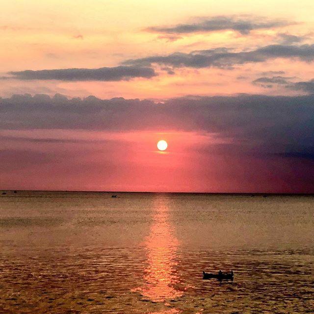 夕陽が綺麗です #bali #バリ #バリ島 #バリ島旅行 #サンセット